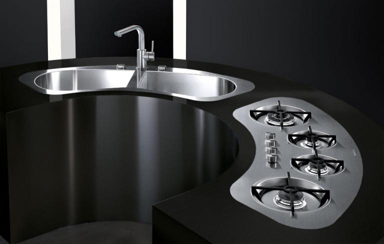 Tao curved hobs and sinks
