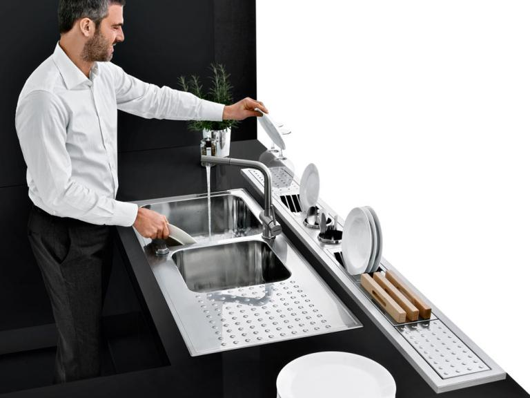 Select sinks with raised edge