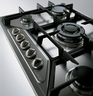 the development of the steel collection: the settanta hob