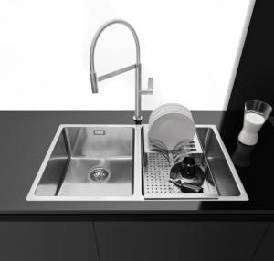 The new Spring and Flexi mixer taps 1