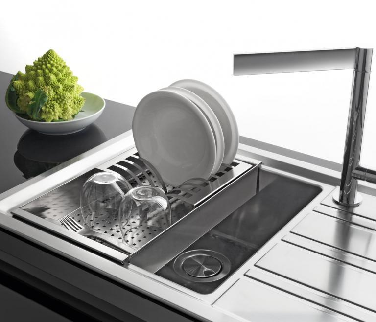 Accessori Per Lavelli Da Cucina.Tipologia Gamma Prodotti Barazza Srl