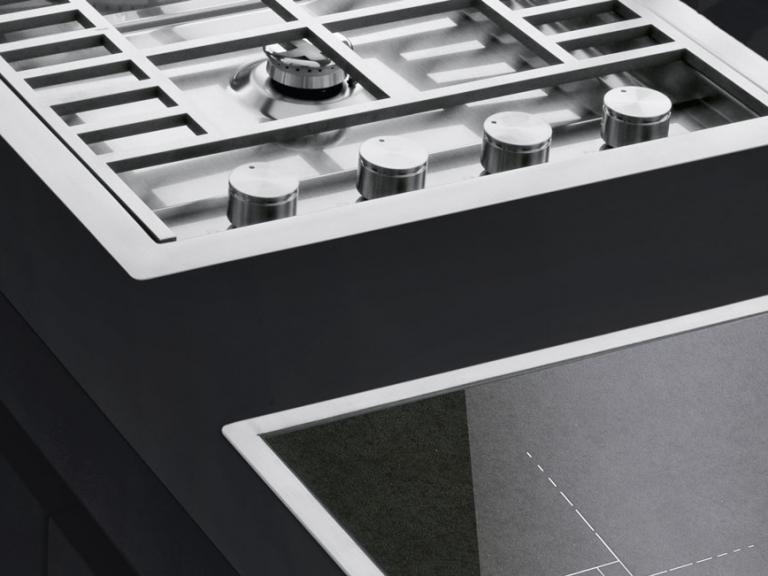 Cadre assorti aux tables de cuisson à gaz
